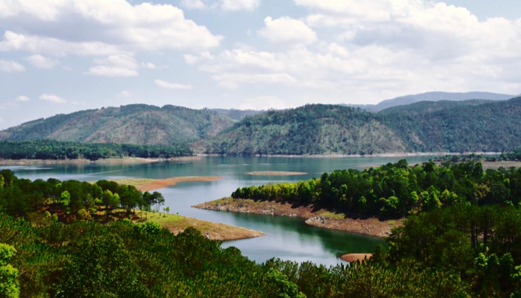 Umiam-Lake, Meghalaya - Lakes in northeast india